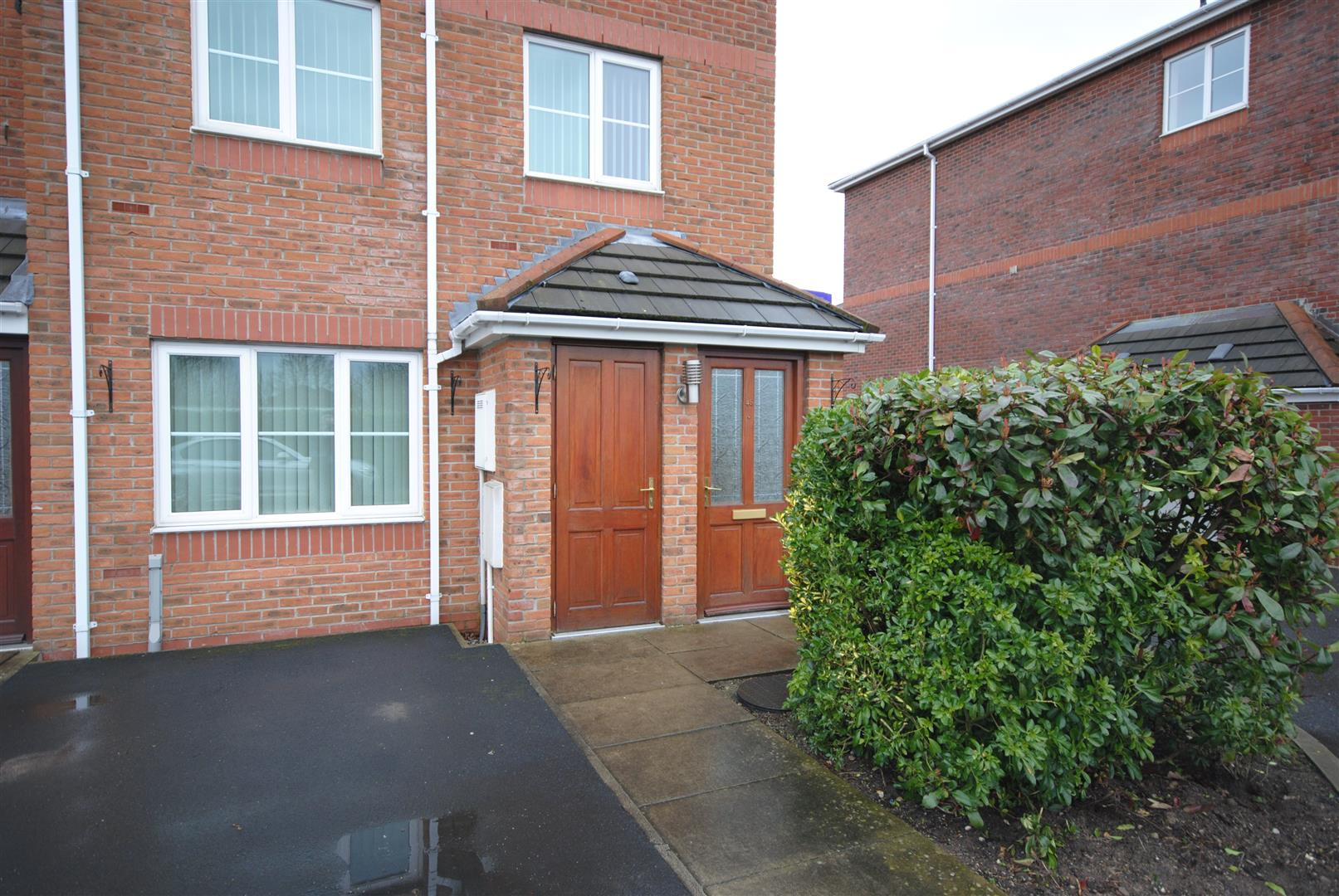2 Bedrooms Town House for sale in Stirrup Field Golborne, Warrington